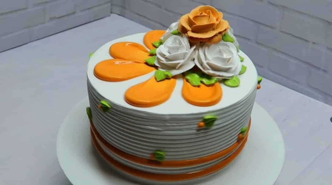 Cake decorating ideas at home with chantilly...