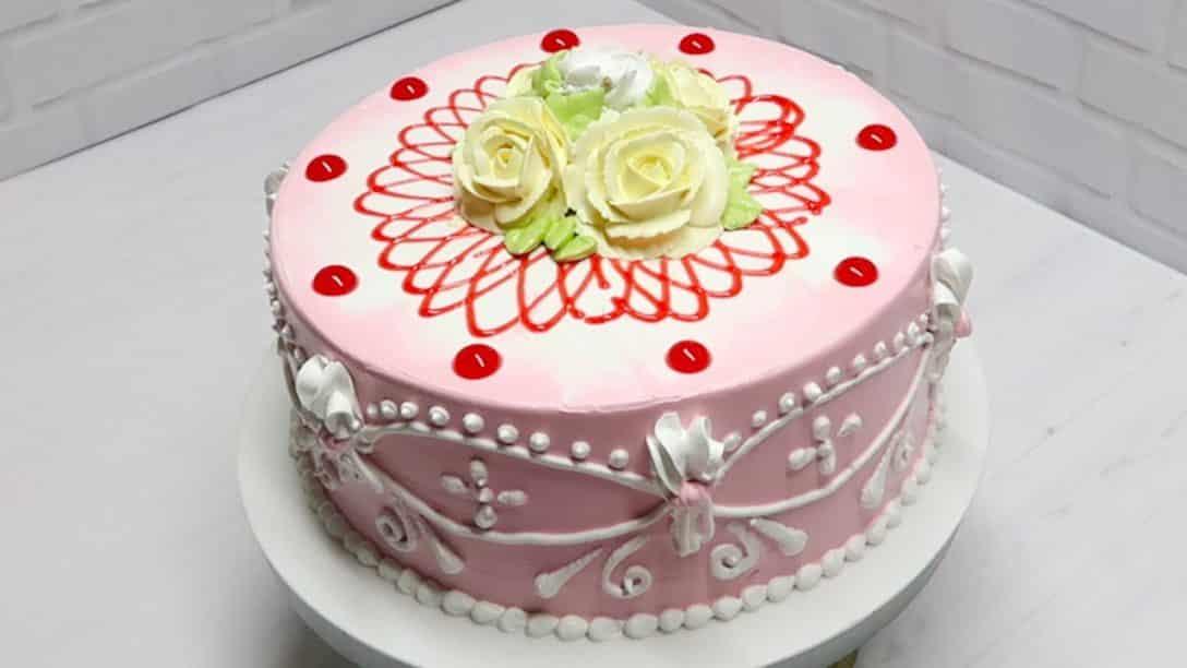 Decoração de bolos Acabamentos como fazer...