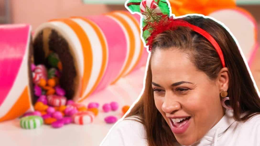 Yo Reaction to Crazy Christmas Cakes | A...