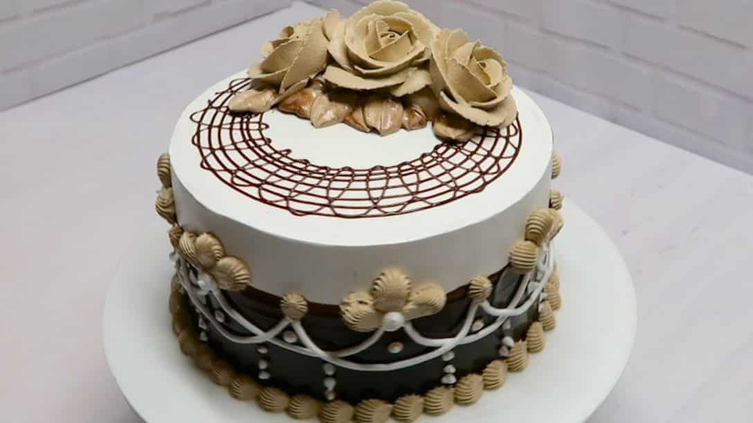 Chocolate mocha cake Creative chocolate cake...