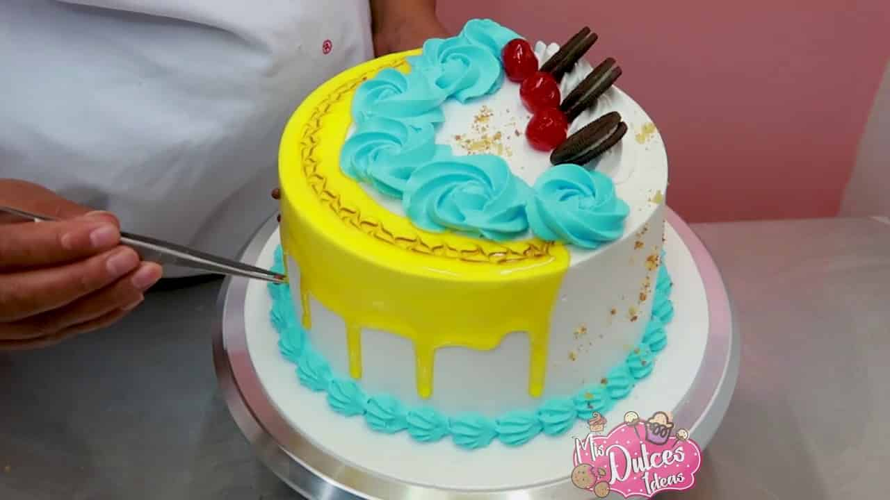 Decoracion de tortas faciles con chantilly