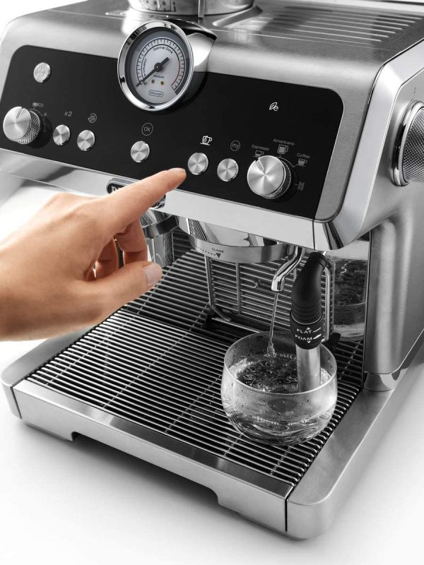 DeLonghi La Specialista Coffee Machine 16